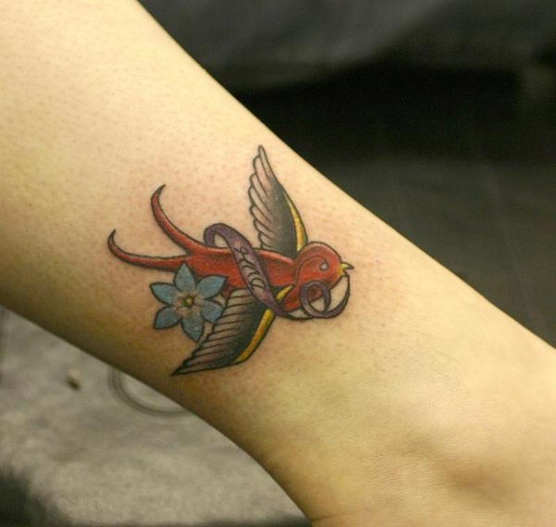 Awesome Small Tattoos For Girls