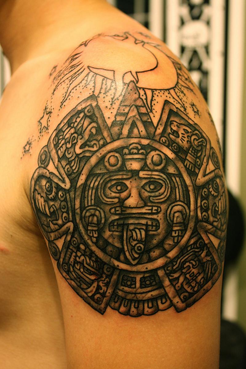 Aztec Calendar Tattoos Pictures1