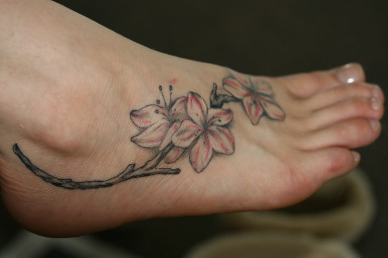 Best Tattoos For Women On Foot