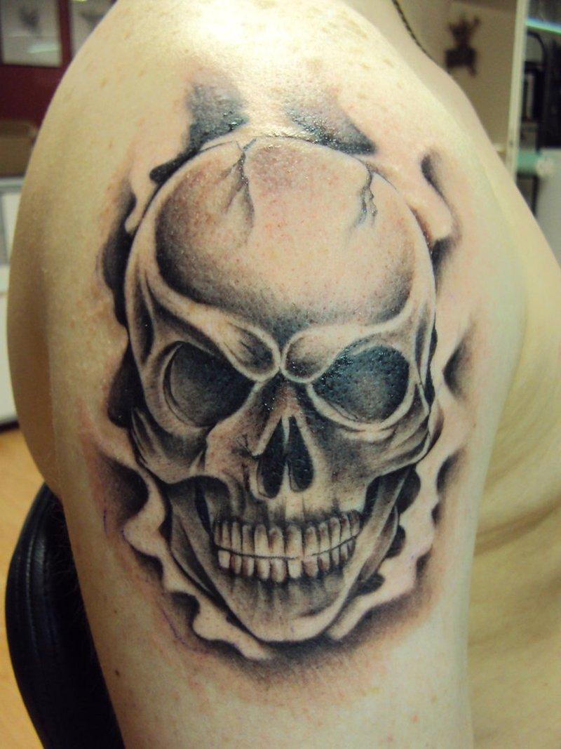 Body Art Tattoo Skulls