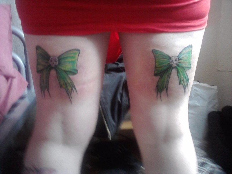 Bow Tattoo Designs On Thigh
