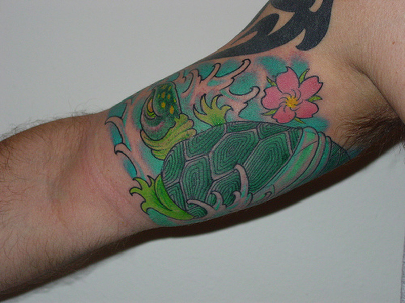 Cool Inner Bicep Tattoos For Men