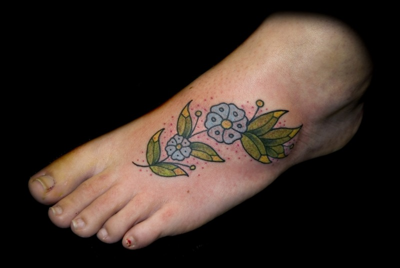 flower and vine tattoos for foot tattoos book tattoos designs. Black Bedroom Furniture Sets. Home Design Ideas