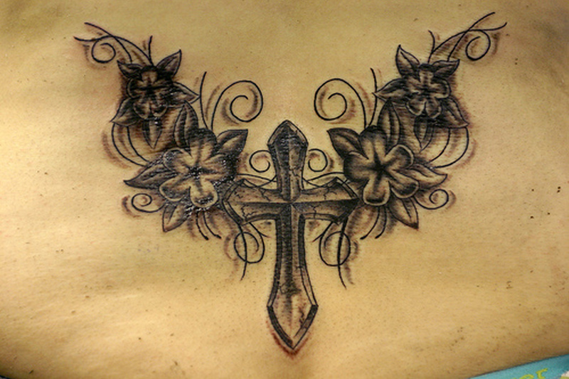 Flower Cross Tattoos Designs1