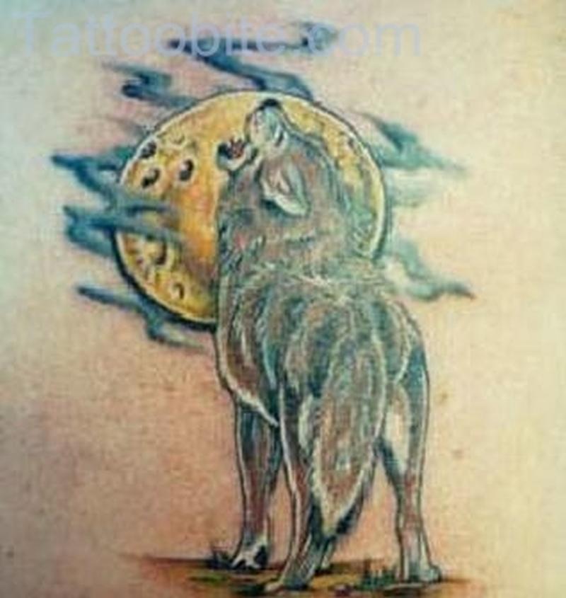Haunted Night – Wolf Tattoo
