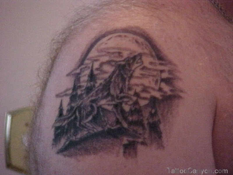 Wolf Howling At The Moon Tattoos