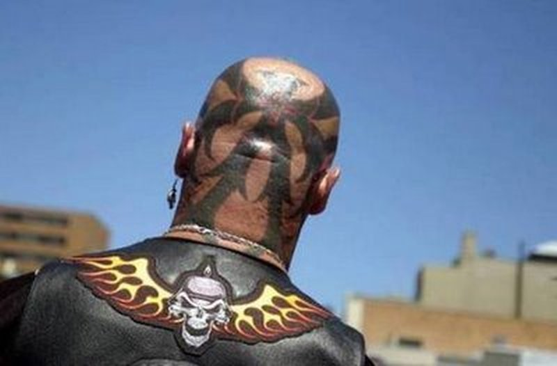 Amazing tattoo on head