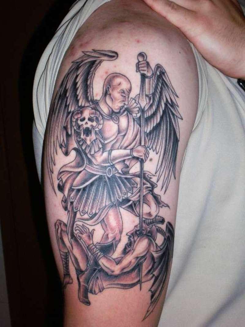 Дьявол на кресте тату