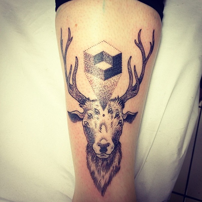 Animal deer tattoo design 3