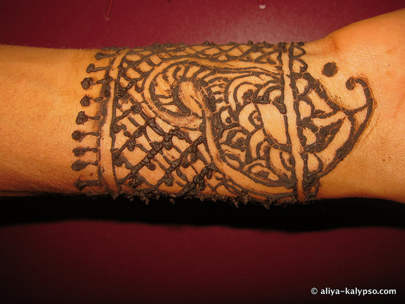 another henna tattoo design tattoos book tattoos designs. Black Bedroom Furniture Sets. Home Design Ideas
