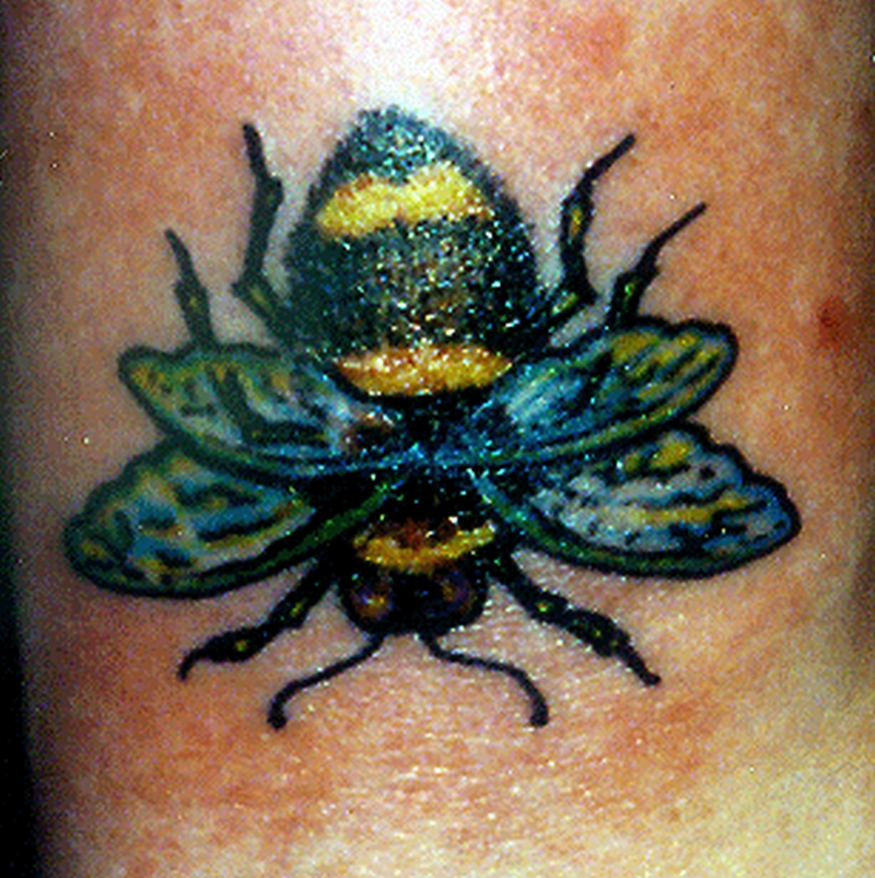Awesome bumblebee tattoo design
