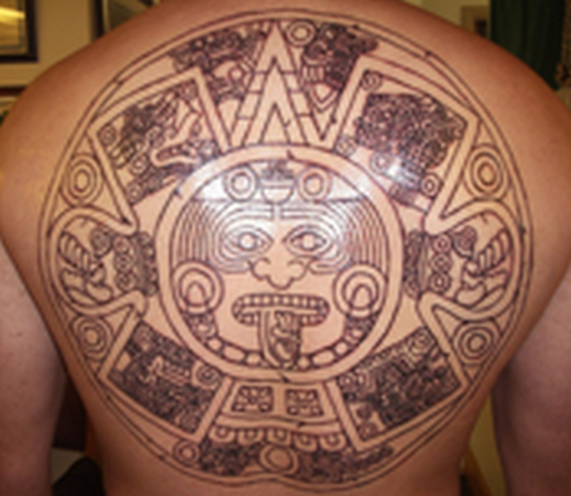 8af5032019ceb Aztec calendar stone tattoo design on back - Tattoos Book - 65.000 ...