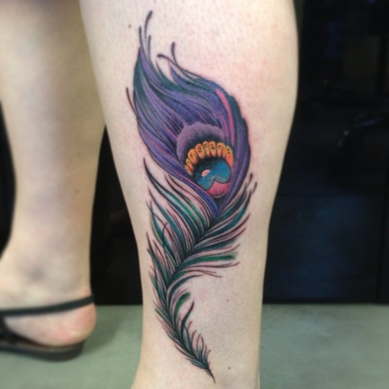 Beautiful feather tattoo design on leg tattoos book 65 for Feather tattoo on thigh