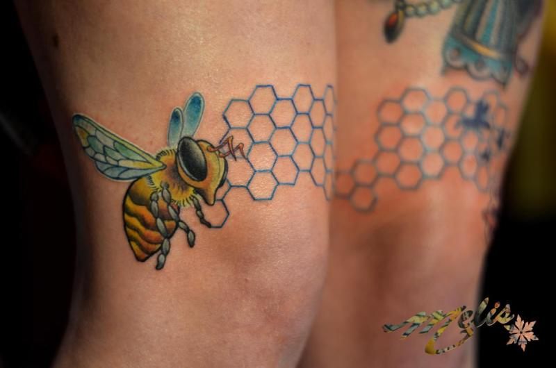 Bees insect tattoo on knees