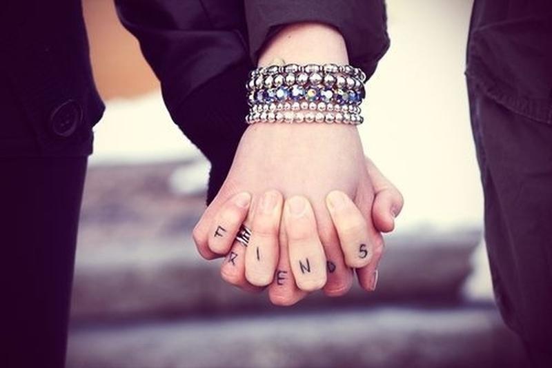 Best friends tattoo on fingers
