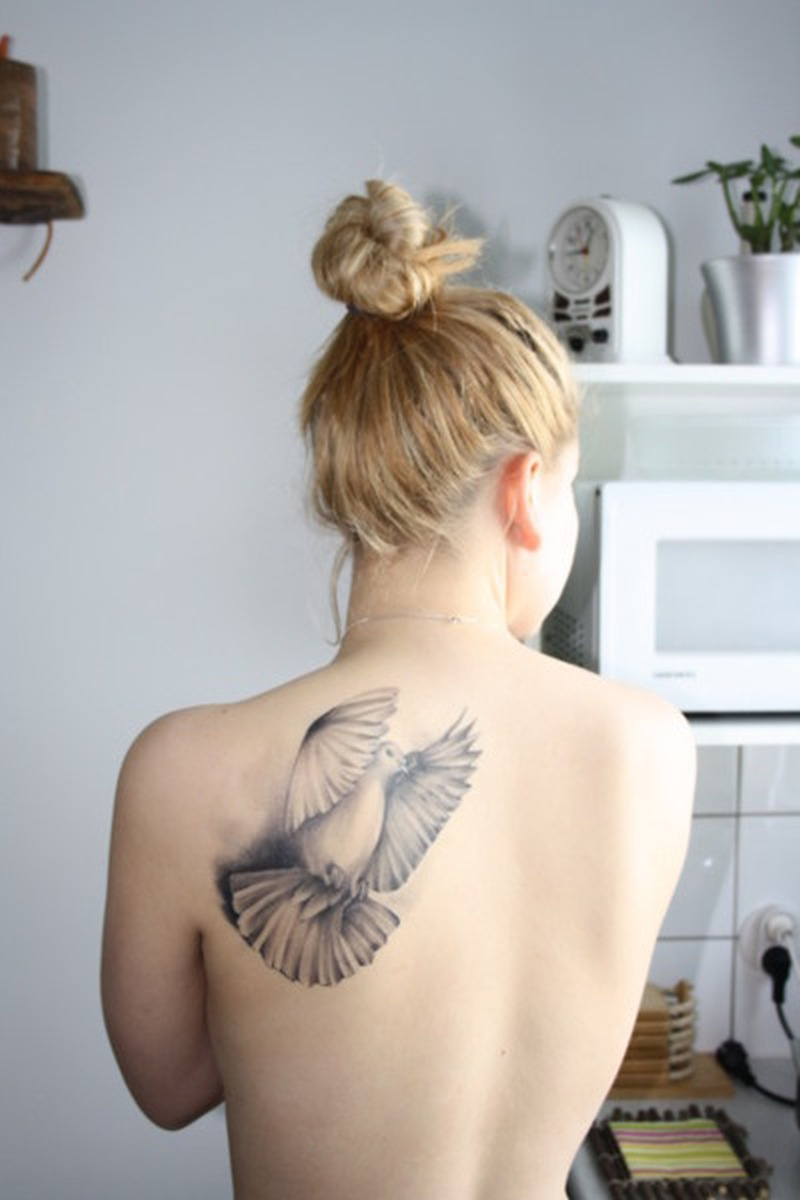 Big bird tattoo on back for sexy girls