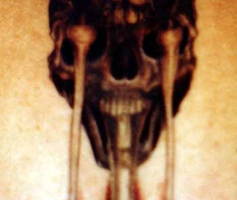 Bio organic terrifying alien tattoo