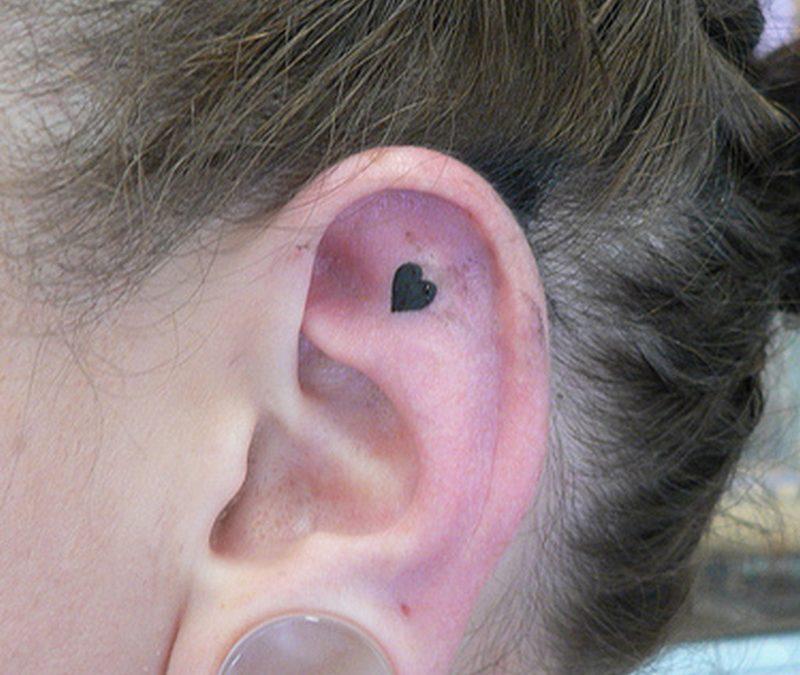 Black heart ear tattoo design