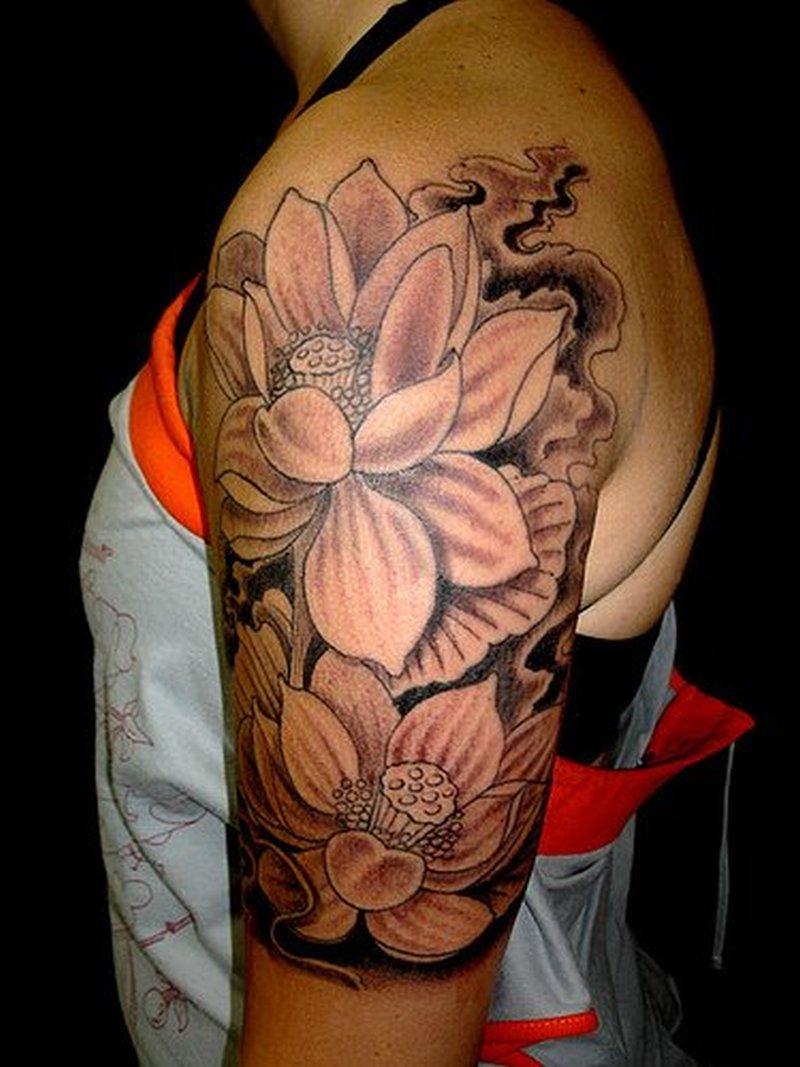 Black n white flowers tattoo on half sleeve tattoos book 65000 black n white flowers tattoo on half sleeve mightylinksfo