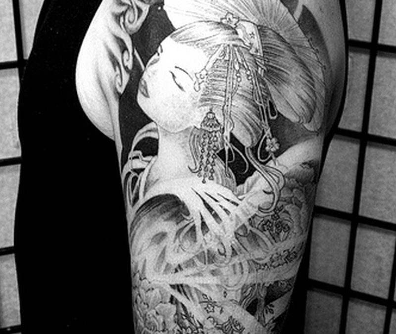 Black n white geisha tattoo design on half sleeve