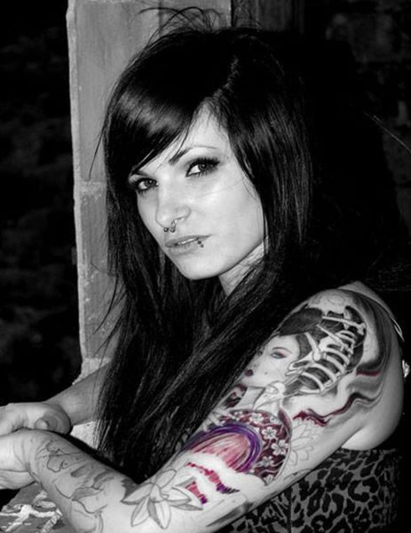 Black n white geisha tattoo on left arm tattoos book - Tattoos geishas japonesas ...