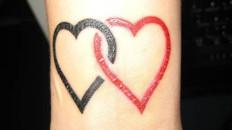 Black red heart tattoo designs - Tattoos Book - 65.000 Tattoos Designs