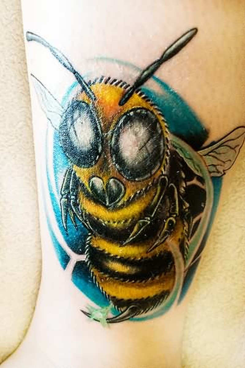 Bumblebee tattoo photo