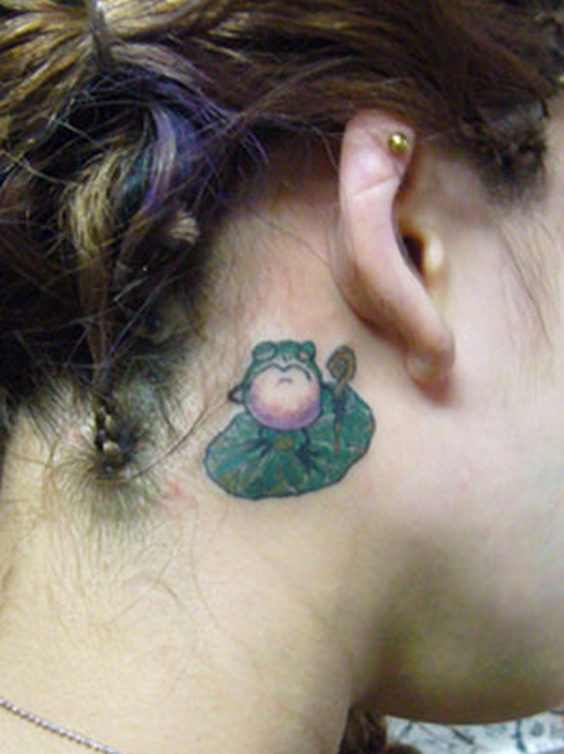 cartoon frog n lily pad behind ear tattoo tattoos book tattoos designs. Black Bedroom Furniture Sets. Home Design Ideas