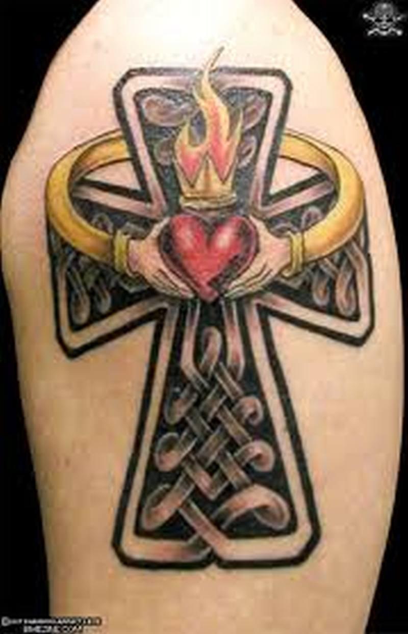 Кельтский на бок тату