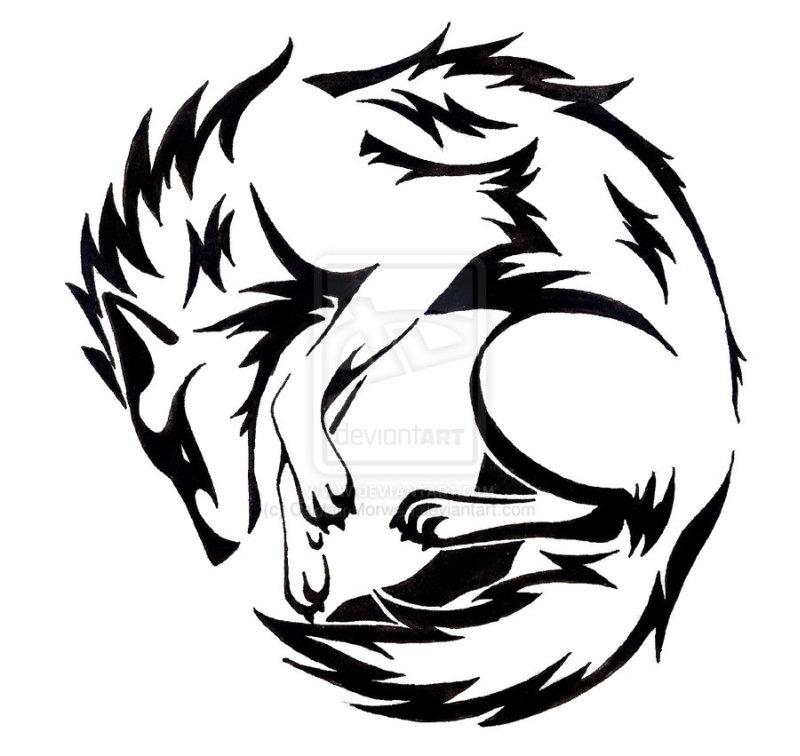 Circle wolf tattoo design