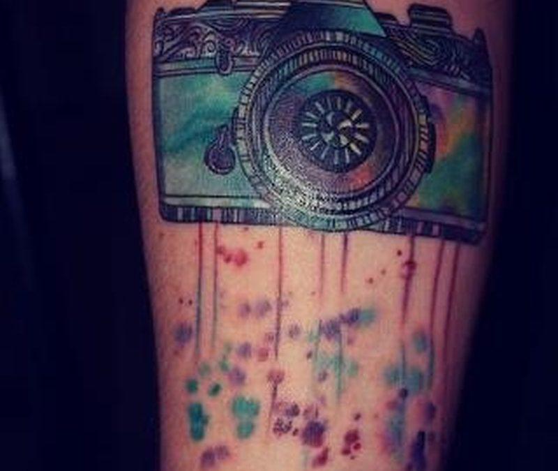 Classic vintage camera design tattoo