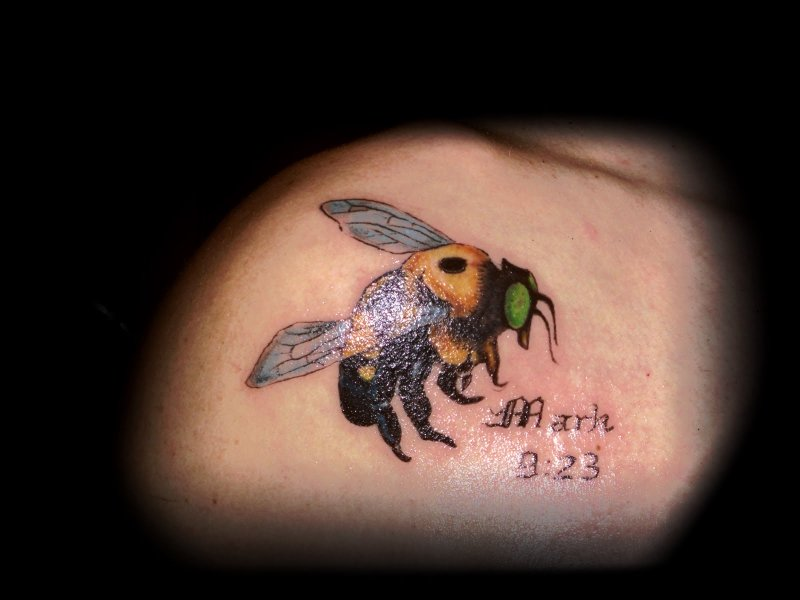 Colour ink bumblebee tattoo