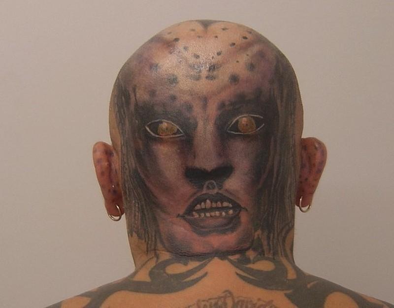 Cool alien tattoo design for men