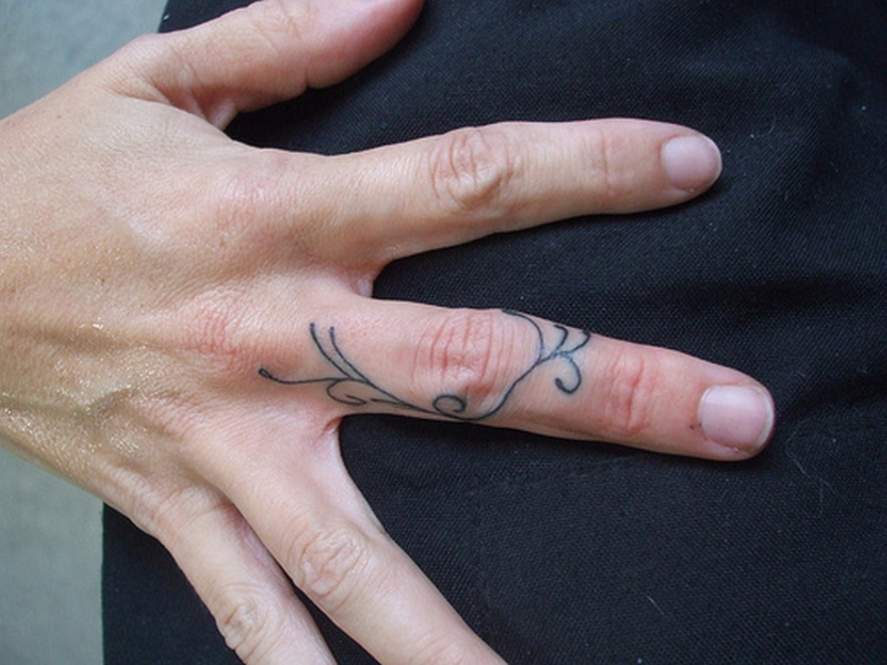 Cool finger tattoo design