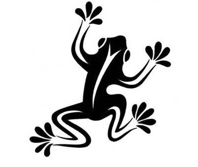 Cool simple tribal frog tattoo design