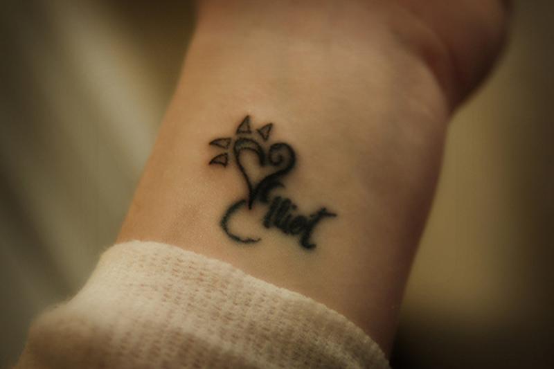 Cute Heart Name Tattoo Design On Wrist Tattoos Book 65 000