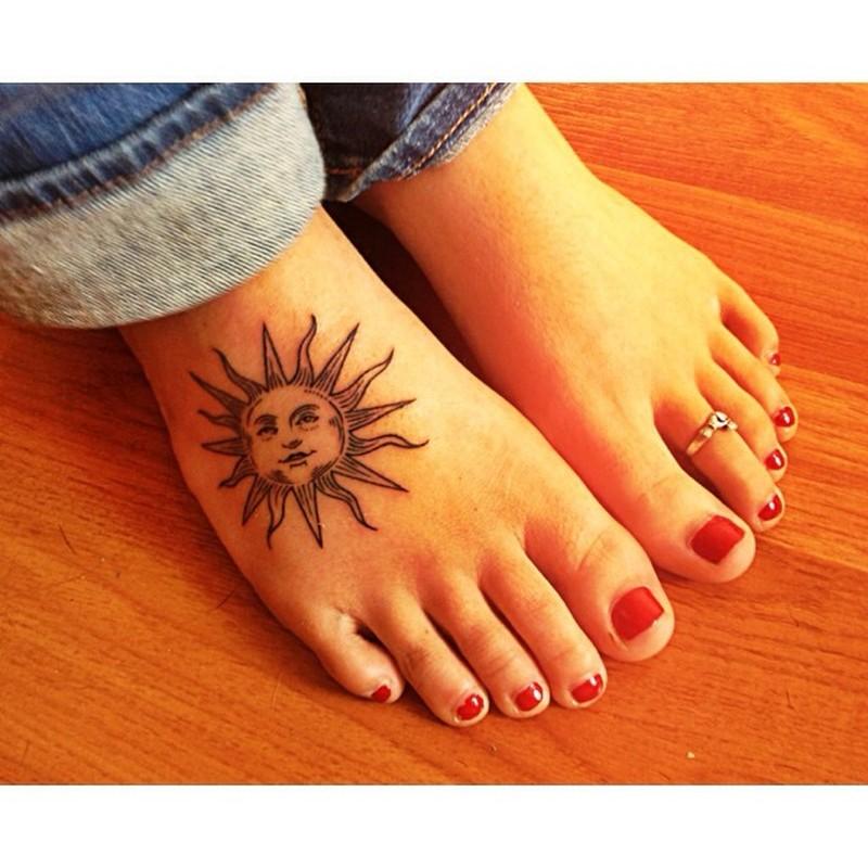 Cute sun foot tattoo design for girl tattoos book 65 for Tattoo girl book