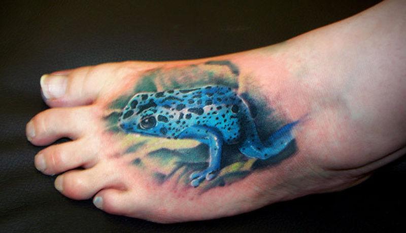 Dart tree frog tattoo on foot