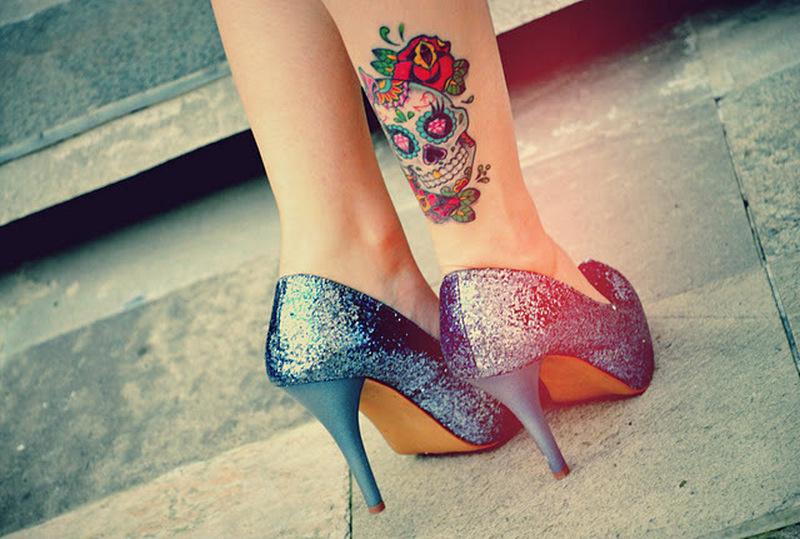 Dia de los muertos skull tattoo design on leg