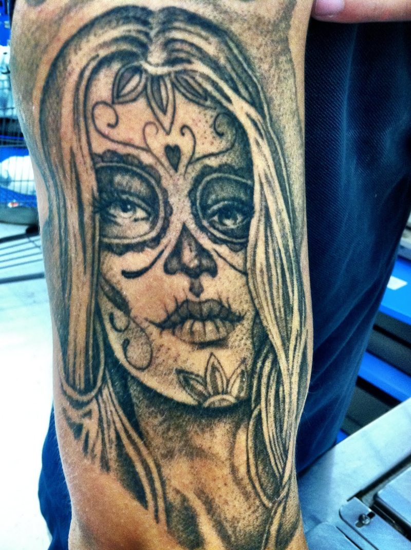 Dia de los muertos woman tattoo design