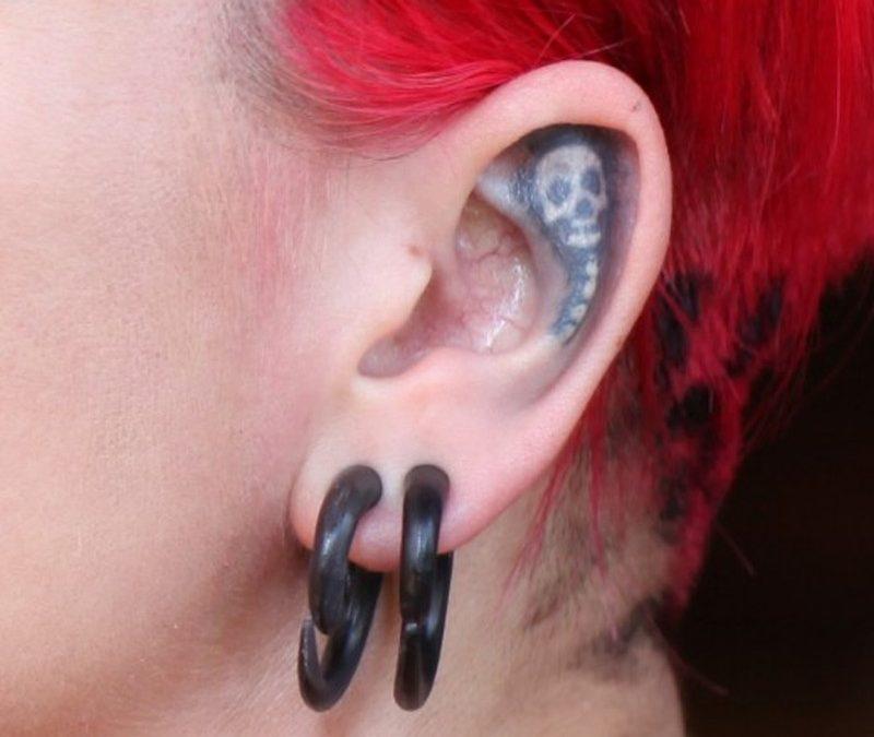 Elegant ear tattoo design for hot girls