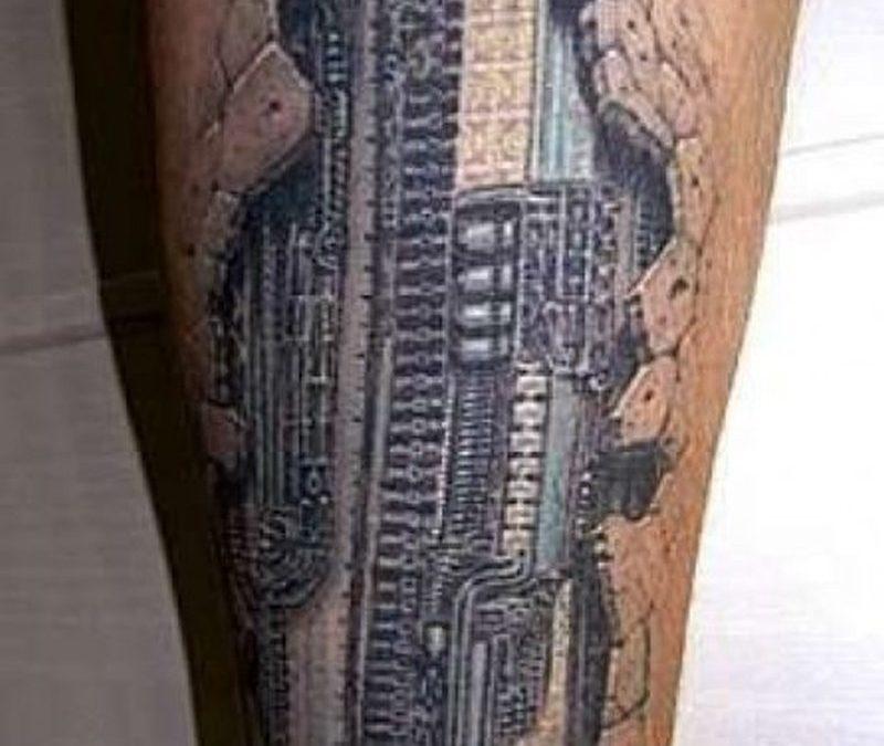 Extreme 3d body art tattoo design