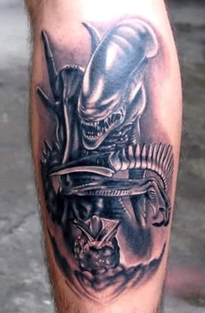 Fantastic alien predator tattoo