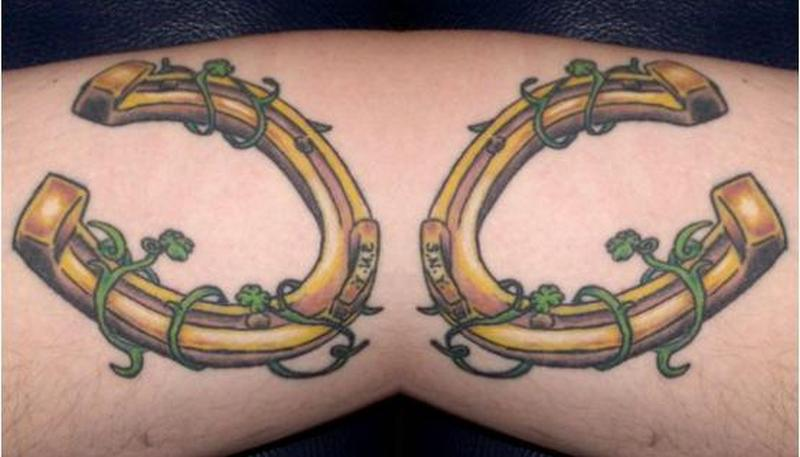 Fantastic horseshoe designs tattoo