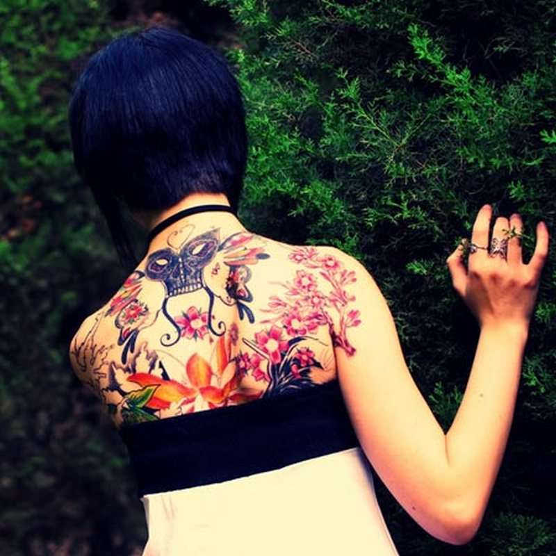 6e33fe9cd Floral design on back of girl tattoo - Tattoos Book - 65.000 Tattoos ...