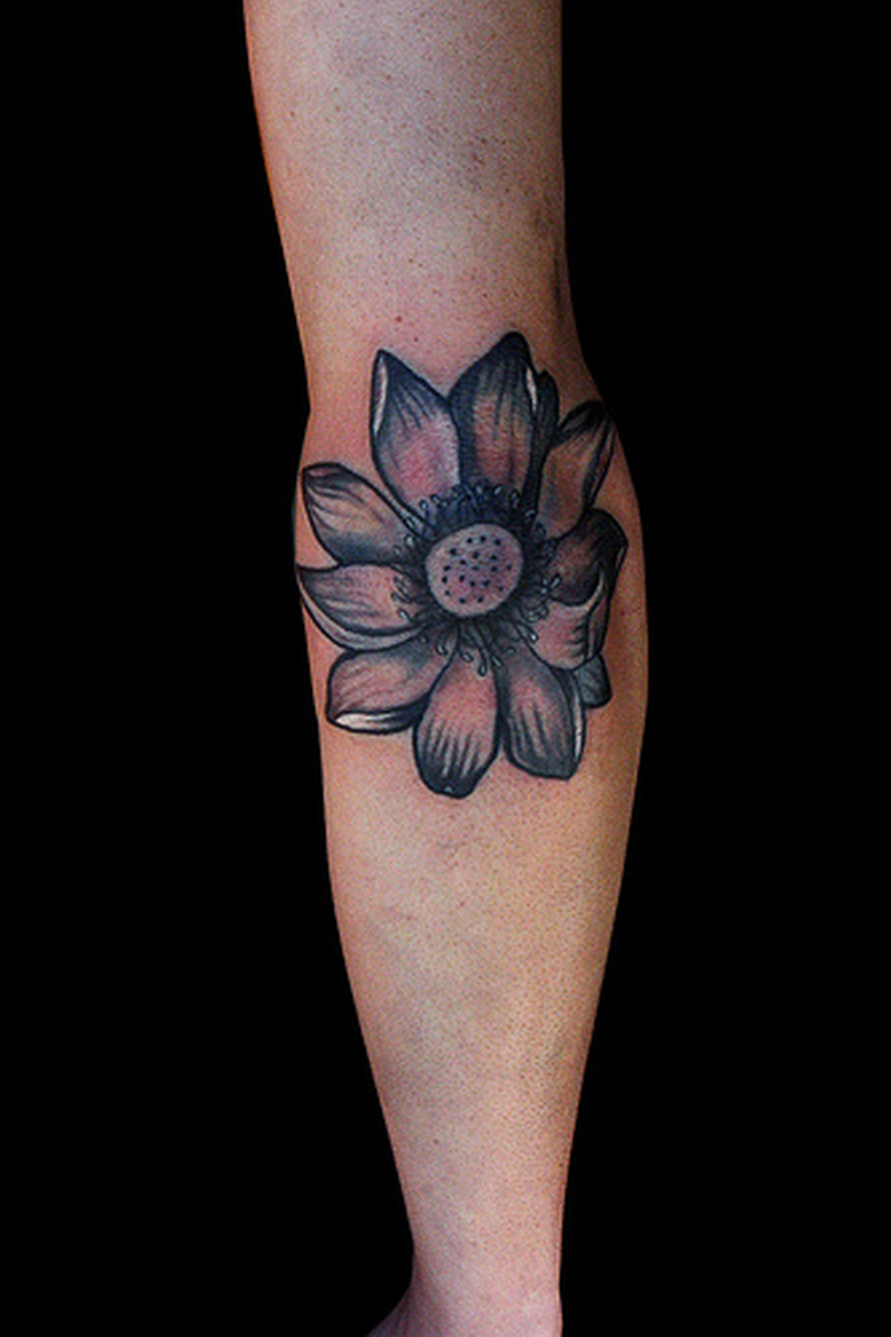 Flower elbow tattoo design tattoos book tattoos for Tattoo on elbow