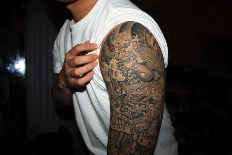 Foo dog asian tattoo
