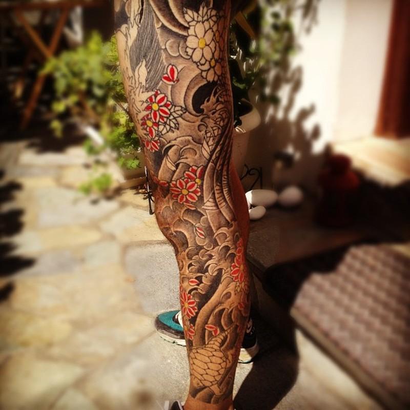 Full leg japanese tattoo designs