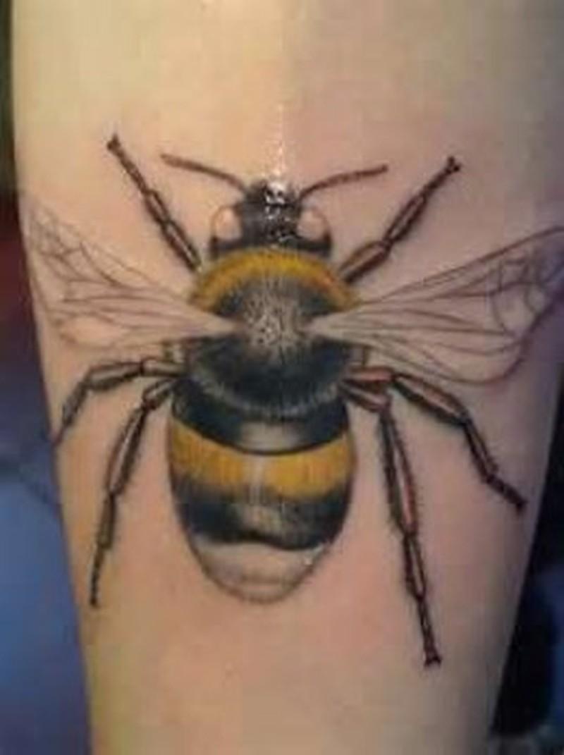 Glowing bumblebee tattoo design