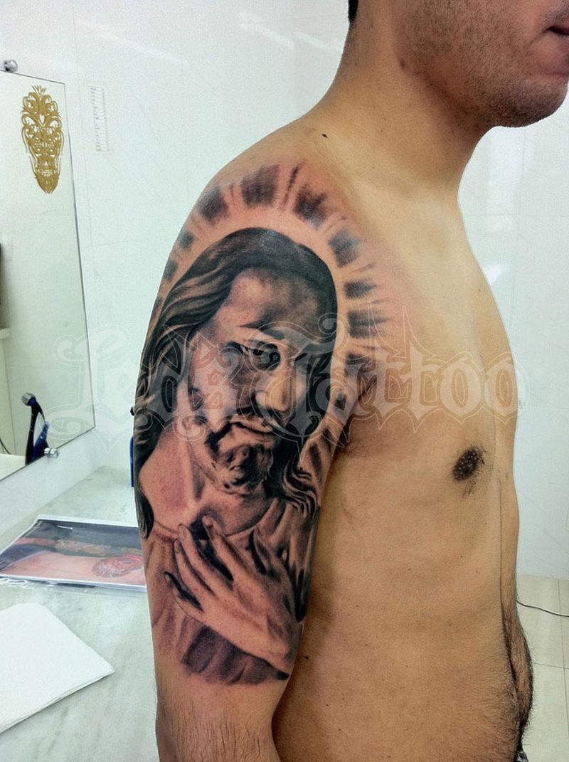 Half sleeve christ jesus tattoo for men tattoos book for Tattoo of jesus